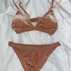 Mauve velvet bikini